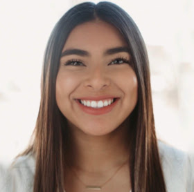 Jocelyne Flores